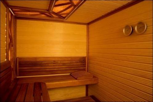 Красный канадский кедр – лучший материал для отделки бани