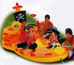 Бассейн детский в виде пиратского корабля