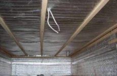 О том, как построить баню в подвале дома