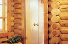 Из чего делают двери в баню