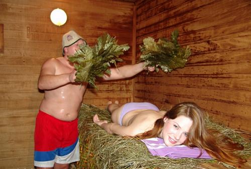 Веники — истинный атрибут русской бани